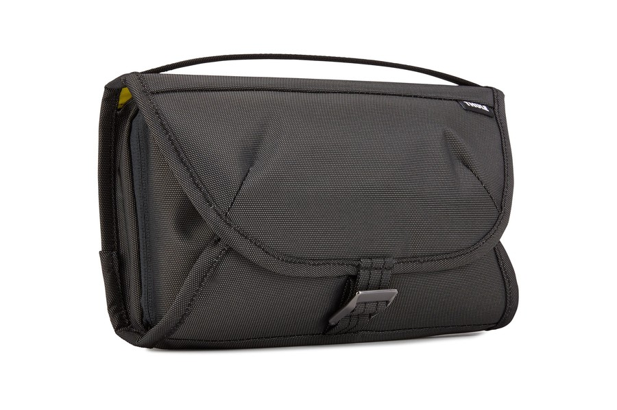 Thule Subterra Toiletry Case