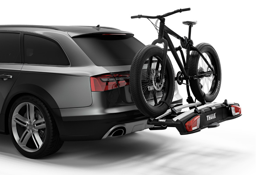 Thule VeloSpace XT 2 (938) - on car with fat bike