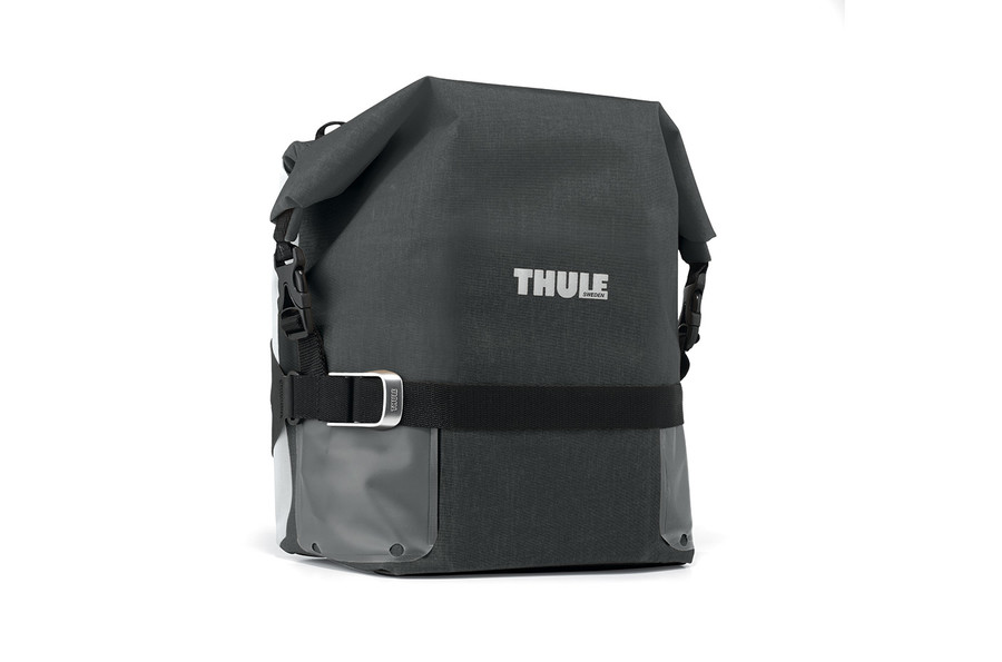 Thule PnP Adventure Touring Pannier Small Black 01