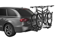Thule T2 Pro XT with biikes on car silver