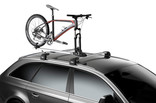 Thule ThruRide and bicycle on car