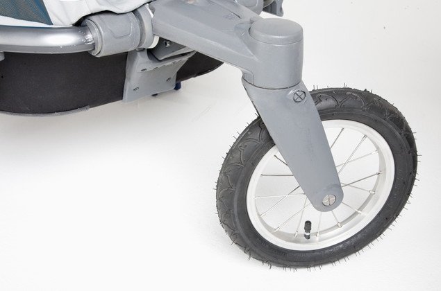 Thule Chariot Chinook's front wheel