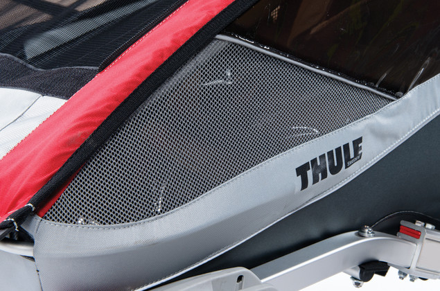 Thule cougar red window venting