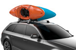 Thule Hull-a-Port XT on car and two kayaks on top