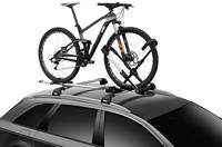 Thule UpRide 599 in use on car