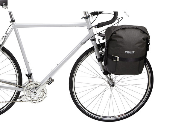 Thule Pack 'n Pedal Small Adventure Touring Paniner on bike