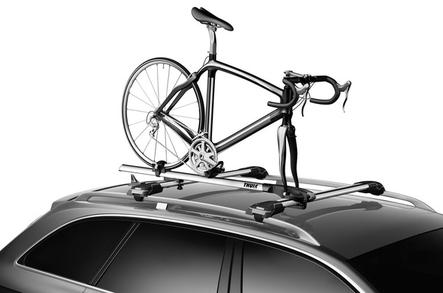 Thule Paceline 527 on car