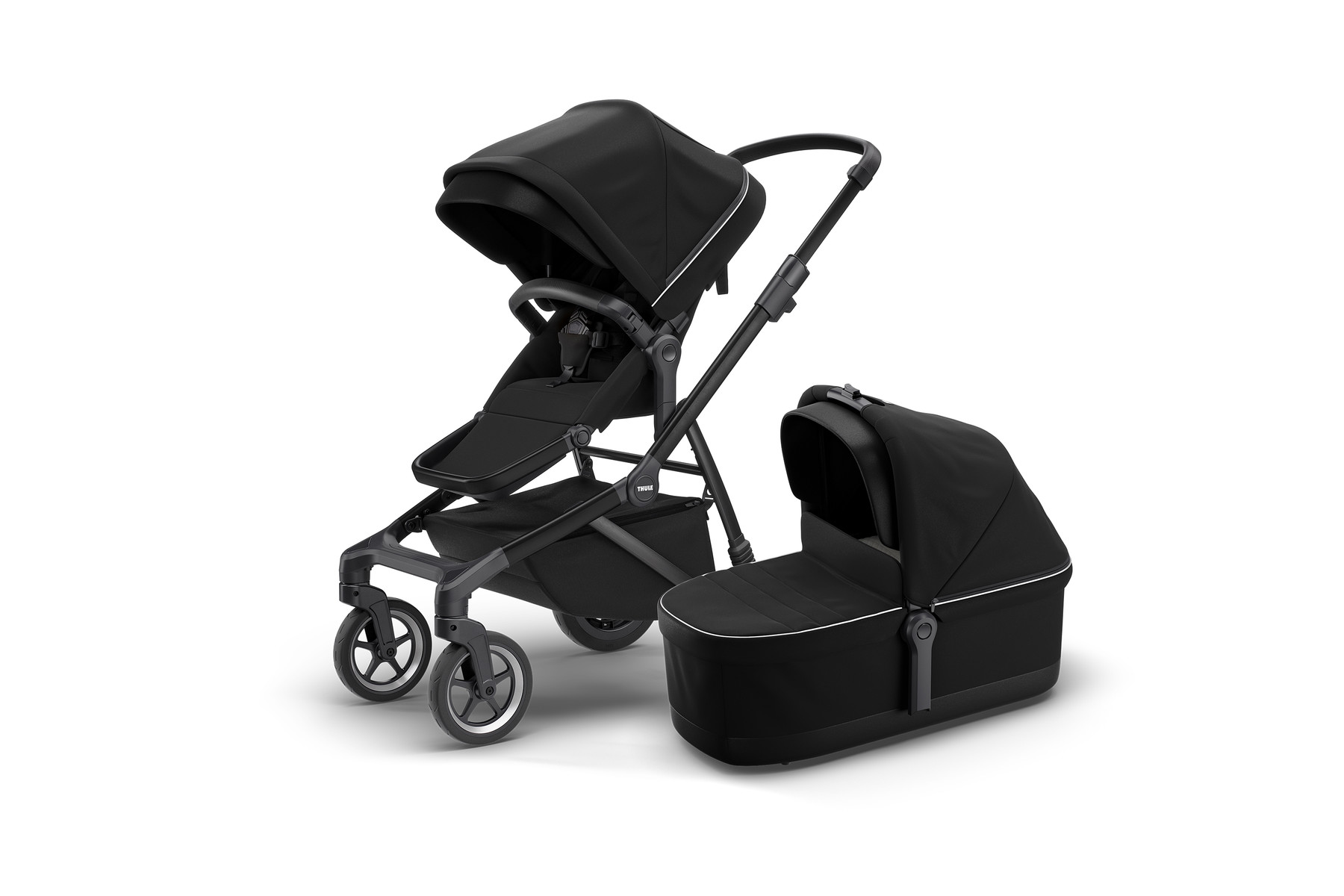Thule Sleek and Bassinet MidnightBlack-on-Black Hero