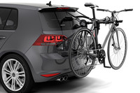 Thule Gateway Pro 2 900600 on car with bikes