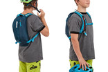 Kid with hydration pack Thule UpTake 6L