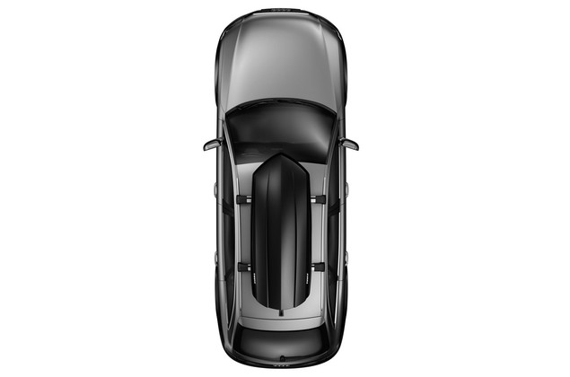 Thule Sonic M 634B on car from above