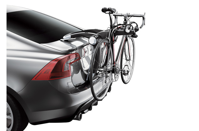 Bicycle on a rear mounted bike carrier Thule Raceway 991