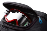 Safezone compartment - Thule Crossover Rolling Duffel 56L