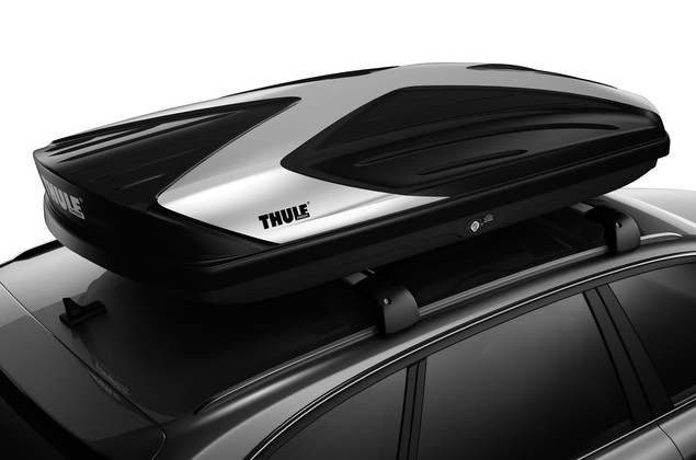 Cargo box Thule Hyper XL 612 on car from above