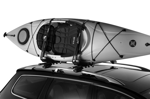 Thule Hull-a-Port PRO 835PRO on car