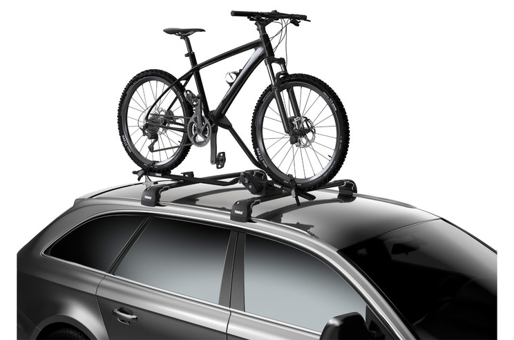 Roof bike rack-Thule ProRide-on car