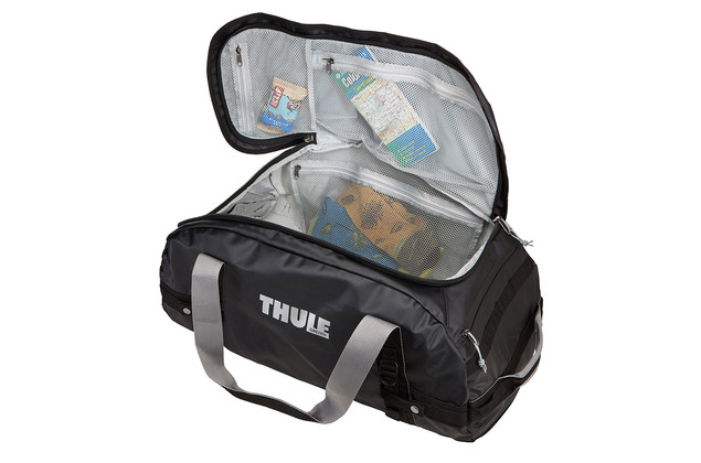 Thule Chasm 130L mesh pockets rev