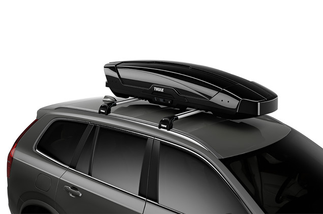 Thule Motion XT Sport on car - black glossy