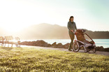 Thule Strolling Kit Lifestyle1