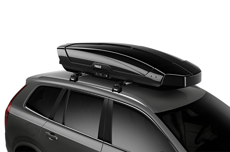 Thule Motion XT XL on car - black glossy