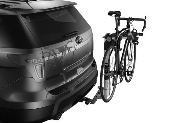 Thule Helium Aero 2 Bike 9042 on car
