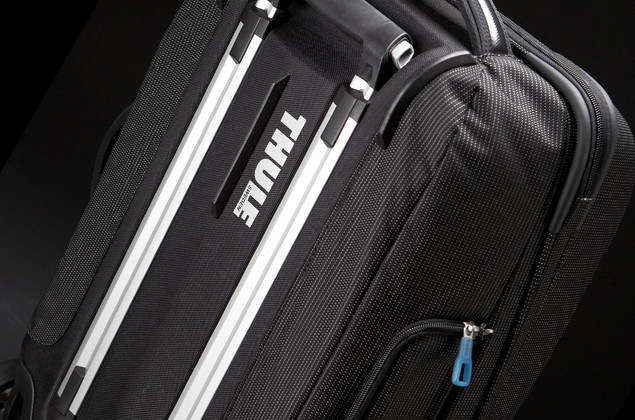 Thule Crossover Rolling 38L 여행가방