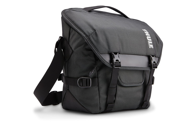 TCDS-101 Thule Covert DSLR Satchel