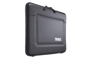 Thule Gauntlet 3.0 MacBook Pro® Sleeve 15
