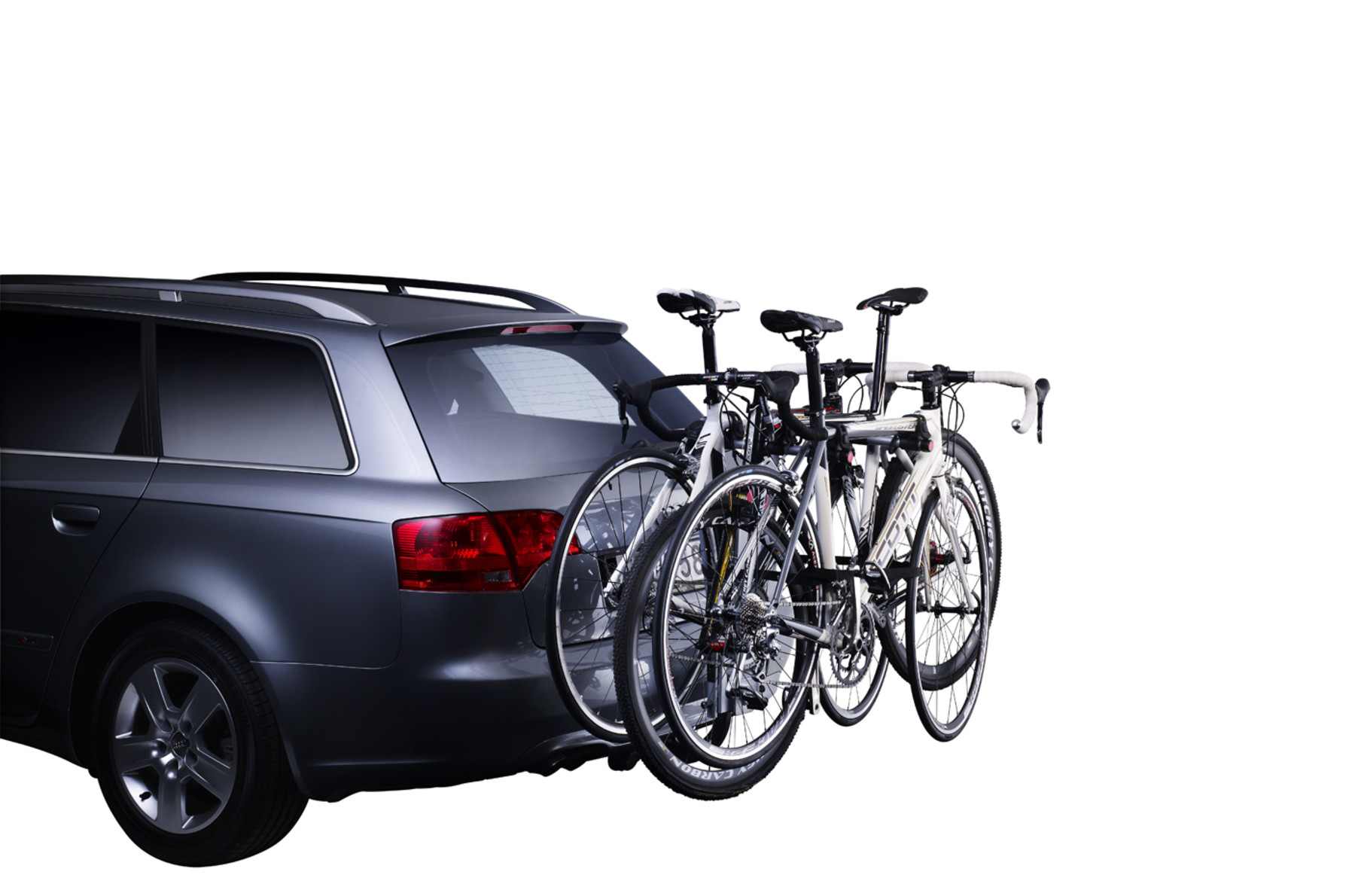 Bike rack Thule HangOn 3 Tilt on car