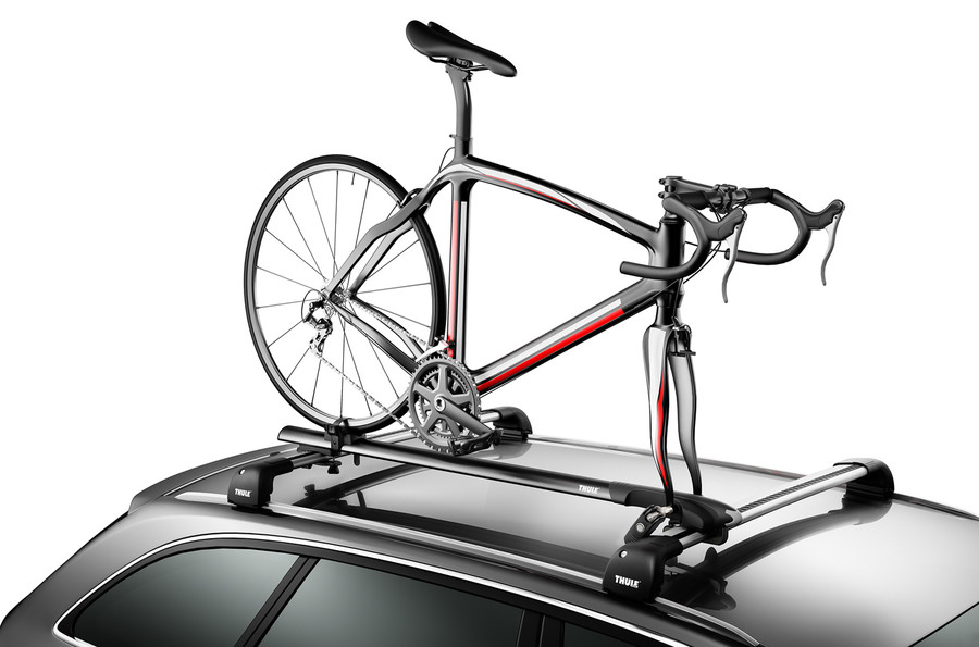 Attractive Roof Bike Rack Thule Circuit 526XT On Car
