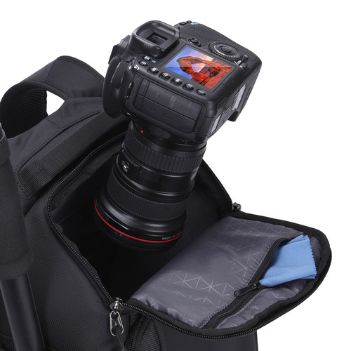 DSB-101 Luminosity Medium DSLR + iPad® backpack