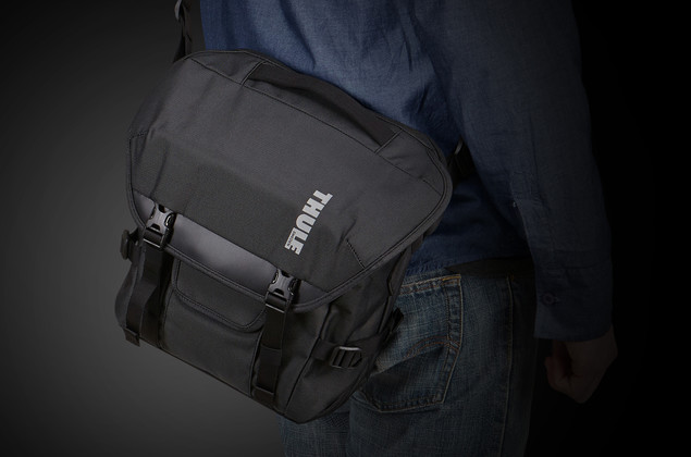 Thule Covert DSLR Satchel_TCDS-101